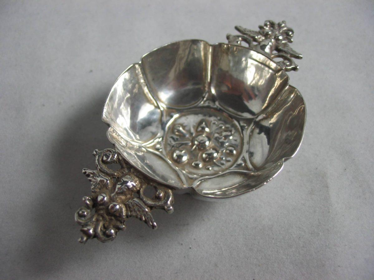 IMG 6291 1200x900 - Miniatuur brandewijnkom Wessel Jansen