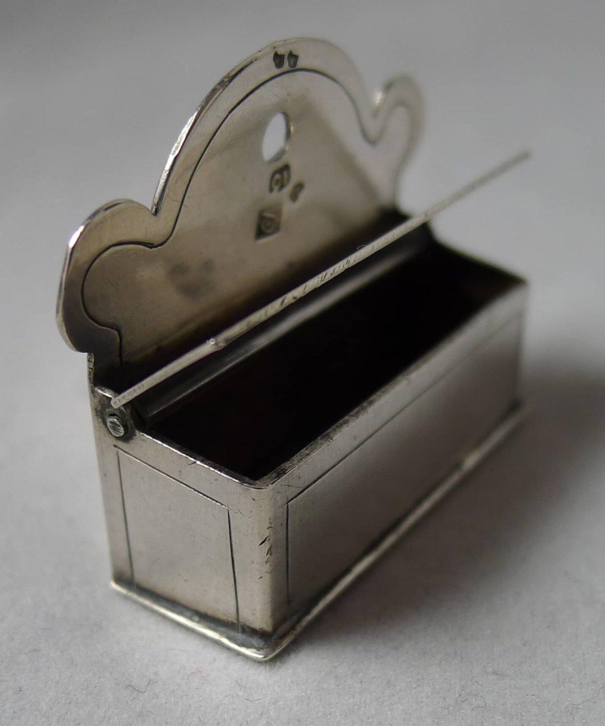 P1030977 1200x1441 - Miniatuur kaarsenbak (verkocht )