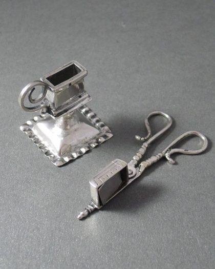 P1280637 420x525 - Zilver Miniatuur kaarsensnuiter