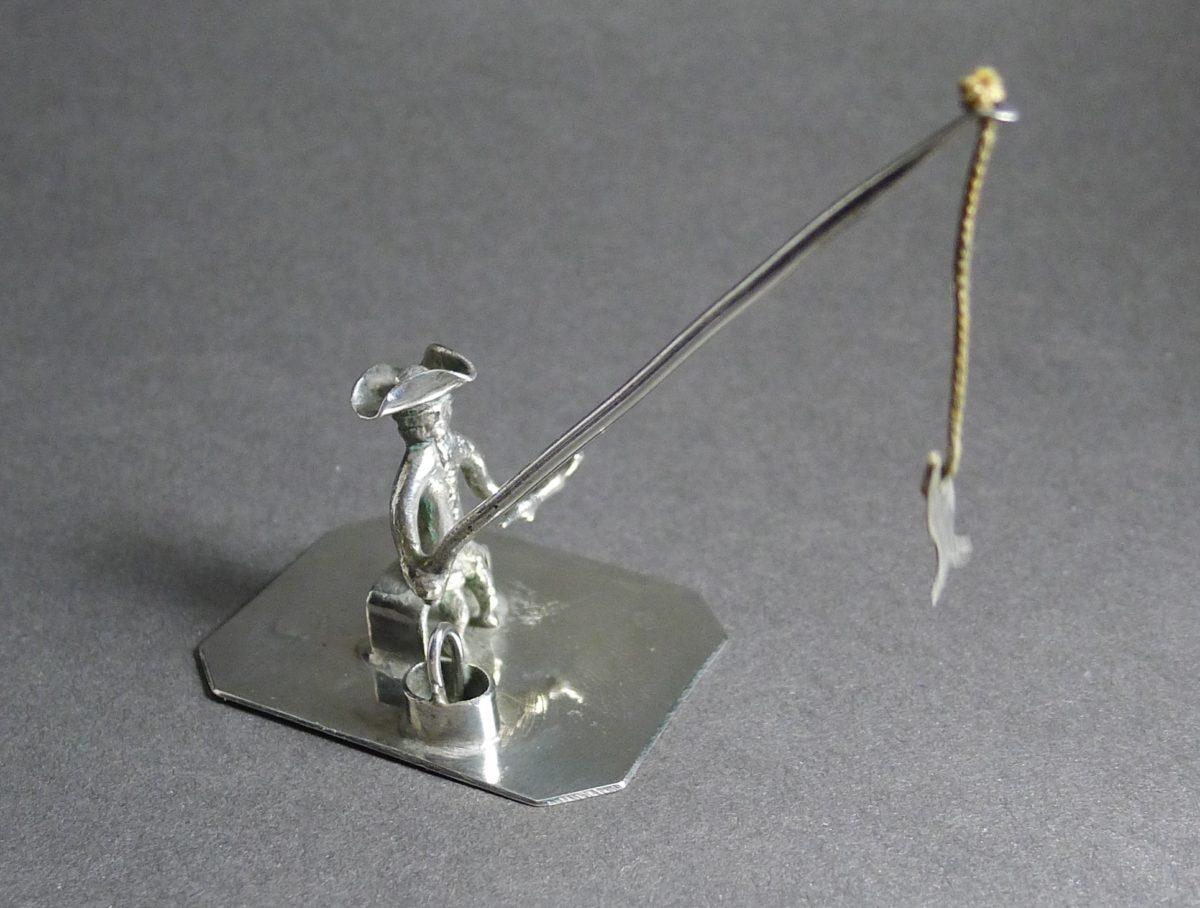 P1320128 1200x908 - Miniatuur visser