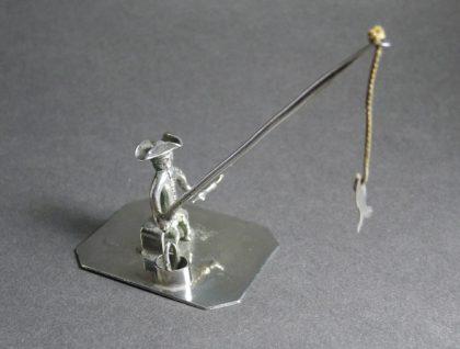 P1320128 420x318 - Miniatuur visser