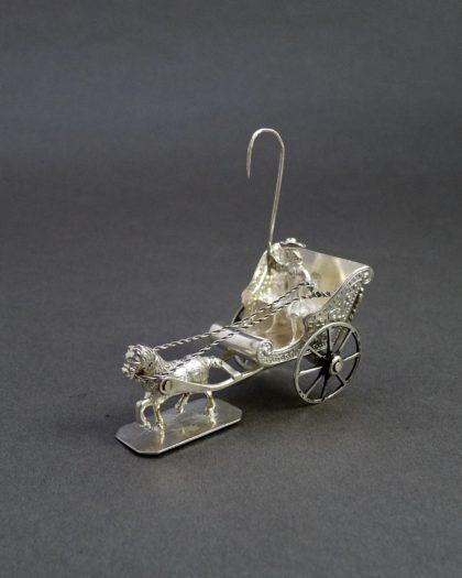 P1330423 420x525 - Miniatuur koets