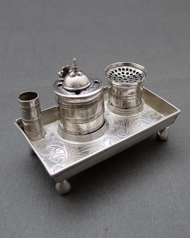 P1330548 1 1200x1500 - Miniatuur inktstel (verkocht )