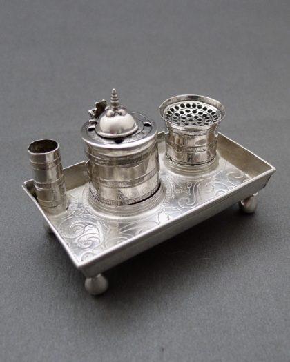 P1330548 1 420x525 - Miniatuur inktstel