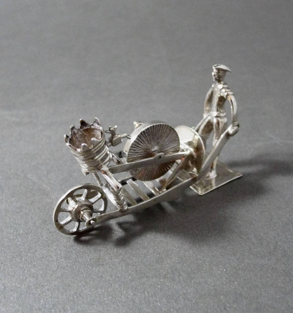 P1330757 1200x1282 - miniatuur scharenslijper