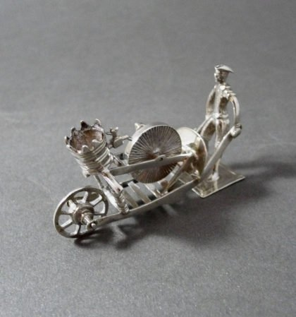 P1330757 420x449 - miniatuur scharenslijper