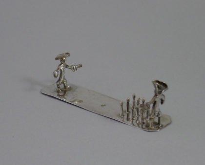 P1340973 420x339 - Miniatuur kegelspelers (verkocht)