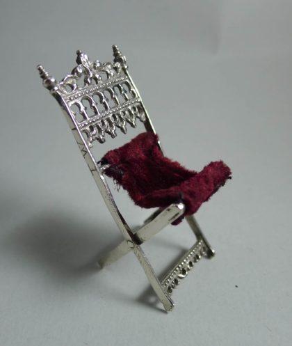 P1360583 420x497 - Miniatuur klapstoel ( verkocht )