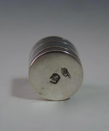 P1380296 420x506 - Miniatuur zeepbakje